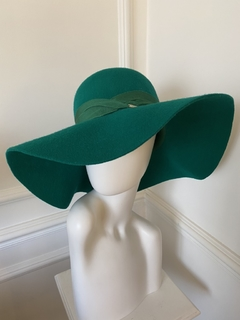 Image of Hat Lady Lilly