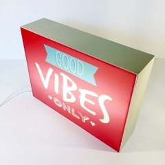 CAJA LED Good Vibes en internet