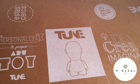 Packaging Art Toy/ Tune en internet