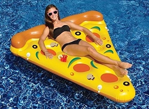 PIZZA INFLABLE GIGANTE