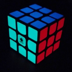 3x3 CubeTwist Luminoso Brilha no Escuro