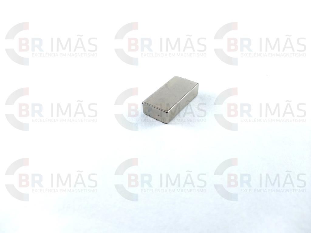 708a4c2dce2 Imã Neodímio N35 20x10x5mm - Bloco - Br Imãs
