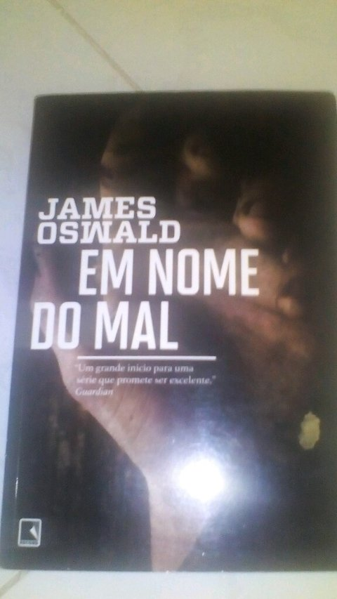 Em nome do Mal James Oswald