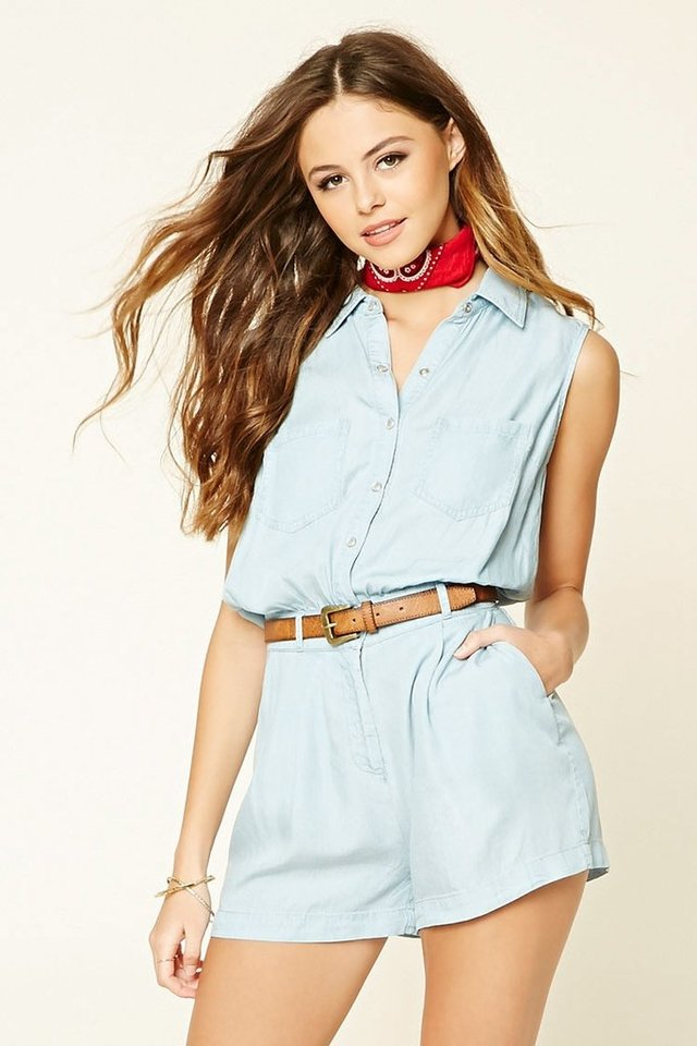 Mono short denim Forever 21 en internet