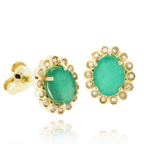 5d9362b1b78b3 Par de Brincos em Ouro Amarelo com Diamantes e Esmeraldas Código   18KBOADP0052
