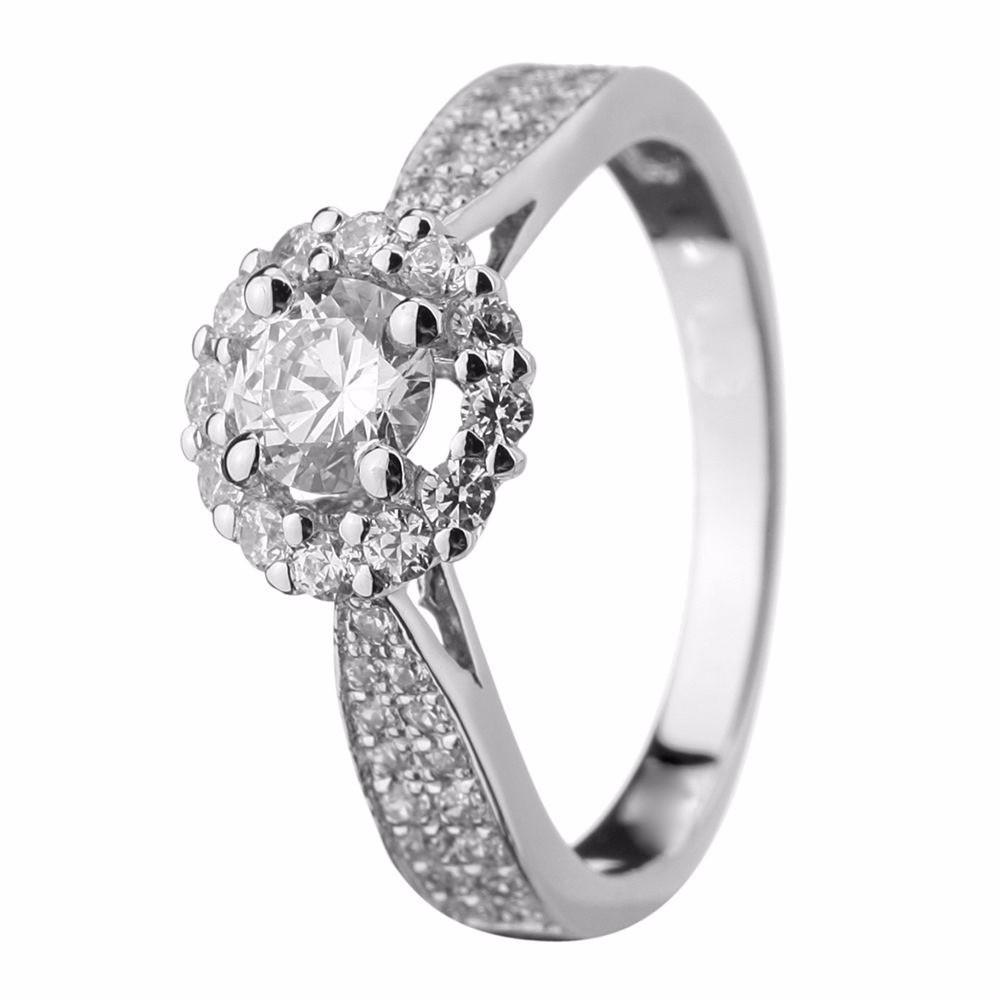 Anel Solitário Em Ouro Branco 18k Com Diamantes Código  18K56426 8ce7f5fe1a