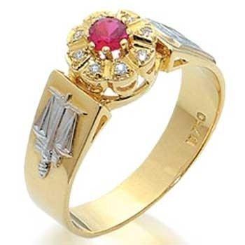 Anel formatura em Ouro 18K, Rubi (0,15cts) e diamantes (0,08cts). (Pedras  Naturais) Código  18Kformatura5 80d1360f87