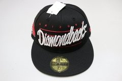 Bone NewEra Diamond Fechado 7 1/4