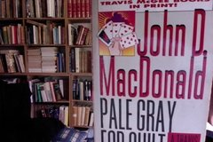 PALE GRAY FOR GUILT - JOHN D MAC DONALD