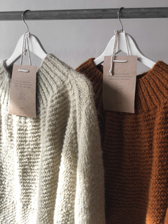 OVERSIZED HAND KNITTED SWEATER - online store