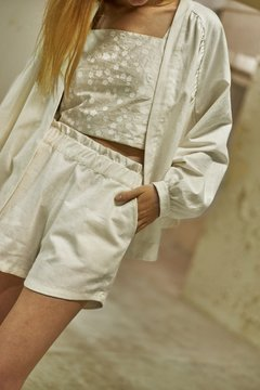Linen shorts on internet