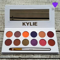 KYLIE THE ROYAL PEACH PALETTE en internet