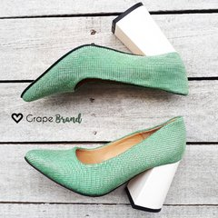 Stilettos PARIS -- Cuero Verde - Taco Charol Blanco - Grape Brand