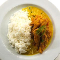 Curry de Coco con Pollo