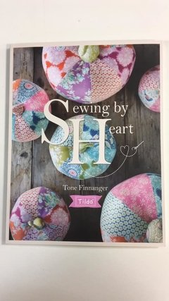 Livro Sewing by Heart - Tilda