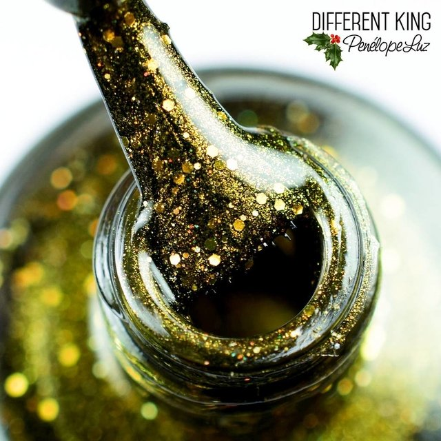 Different King - comprar online