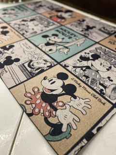TAPETE 60x40CM - MICKEY MOUSE QUADRINHOS - JB Home