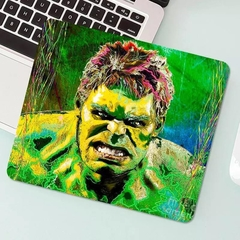 MOUSEPAD PEQUENO HULK VINGADORES MARVEL ( 18cmx22cmx3mm )