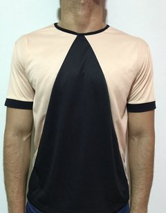 T- SHIRT TRIANGLE