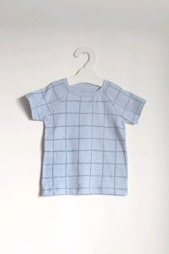 Remera Grid en internet