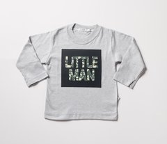 Remera Little Man estampa con relieve