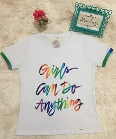 T-shirt gola careca manga curta GIRLS CAN DO ANYTHING - comprar online