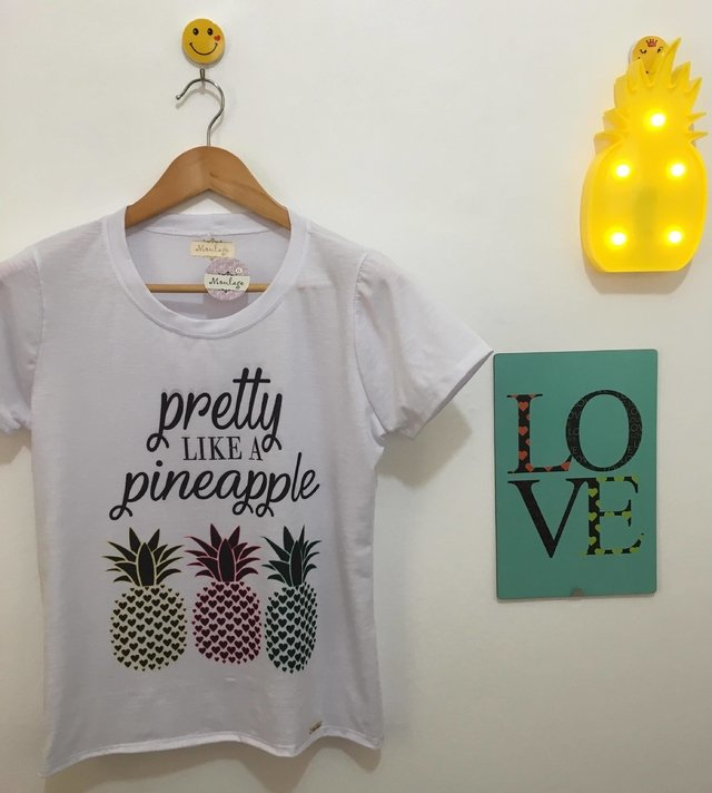 T-shirt gola careca manga curta PRETTY LIKE A PINEAPPLE - comprar online