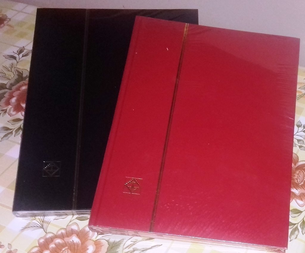 Clasificadores filatélicos 8 hojas A4, 9 bandas x página = 144 bandas. Alta calidad