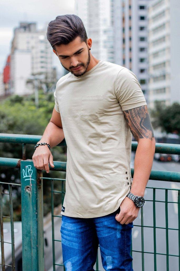 df6ebec63f256 Camiseta longline swag com modelagem fit