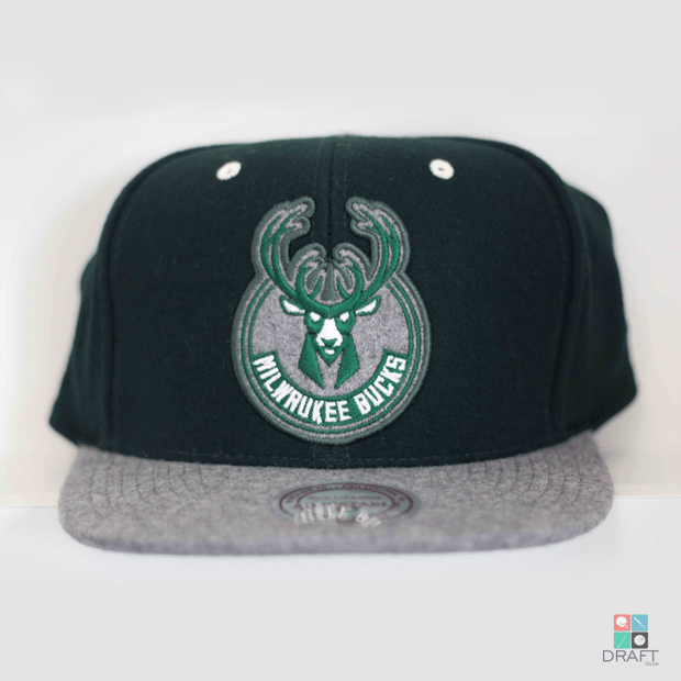 a1c31587f0453 Boné Aba Reta NBA MILWAUKEE BUCKS Mitchell   Ness Draft Store