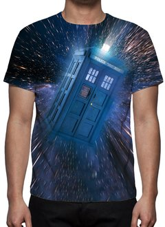 CAMISETA GEEK - DOCTOR WHO - CABINE TELEFÔNICA