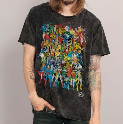 CAMISETA - PERSONAGES - DC COMICS