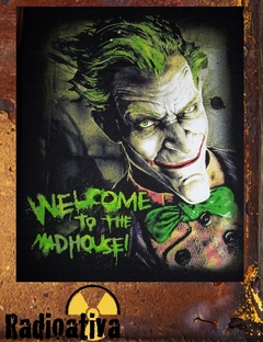 CAMISETA GEEK - CORINGA - WELCOME TO THE MADHOUSE