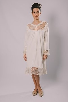 FILET LACE TUNIC