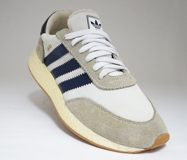 Tênis Adidas Iniki Runner Cinza e Azul Marinho 8a6902a3310