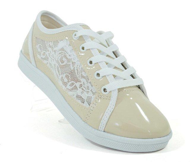 33d6a1e5208 Tênis Feminino de Renda Adidas Lace Bege