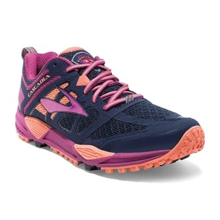 WOMEN'S CASCADIA 11 TRAIL-RUNNING SHOES