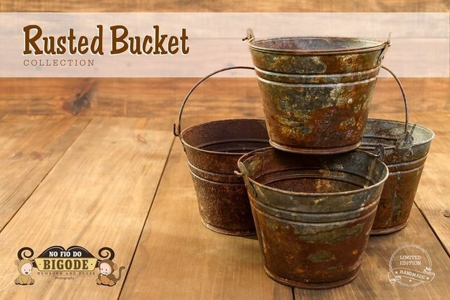Rusted Bucket na internet