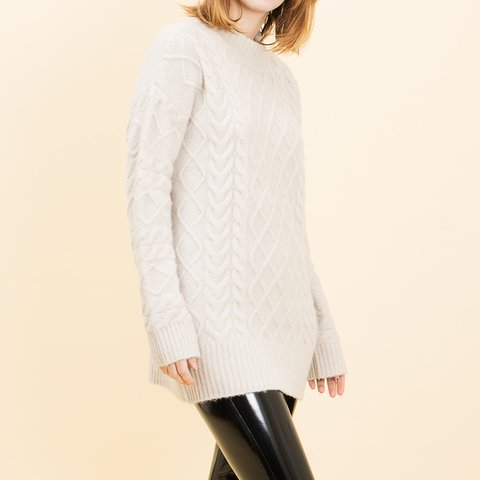 SWEATER TANVI CRUDO