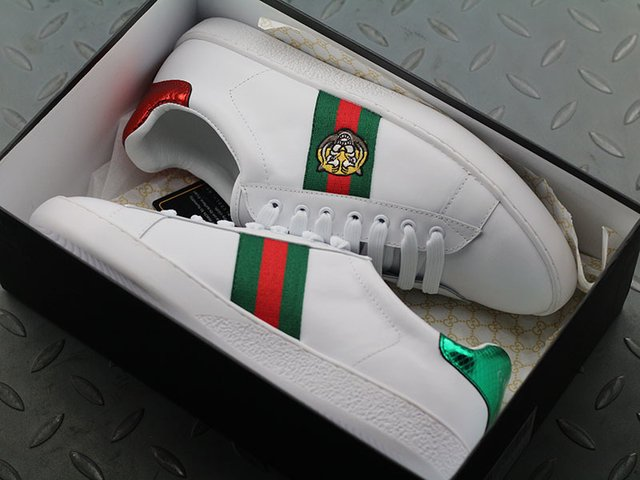 Gucci Ace Embroidered Low-Top na internet