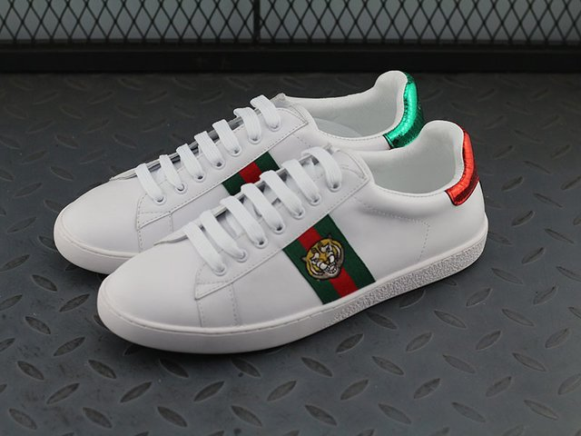 Gucci Ace Embroidered Low-Top - M11 Shoes