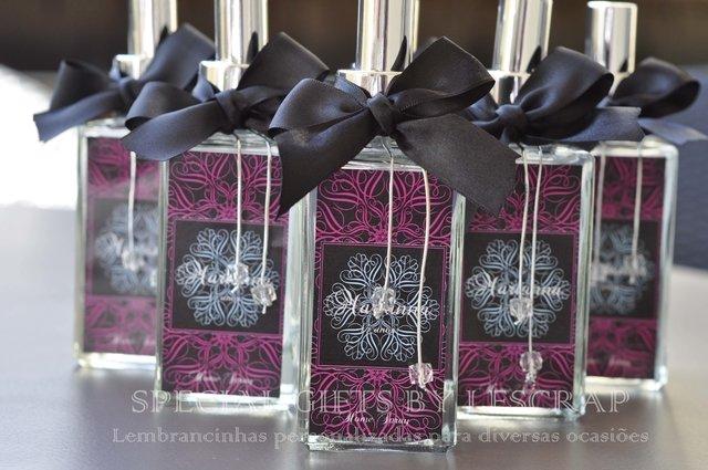 HOME SPRAY QUARTIER 150ML - 10 UNIDADES - lembrancinhas personalizadas Gifts for a Special Occasion