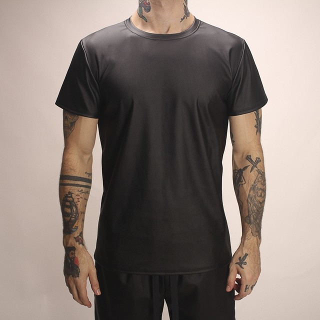 T-Shirt Leather