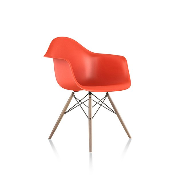 EAMES SILLON BASE MADERA - Escala1en1