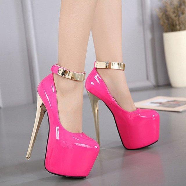 3ccbece4f ... Sapatos De Salto Alto Mulher Sexy - WINGTSING CHOW 2017 - comprar  online ...