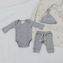 BODY , PANT & GORRO GREY