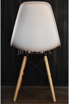 SILLA EAMES COLOR BLANCO en internet