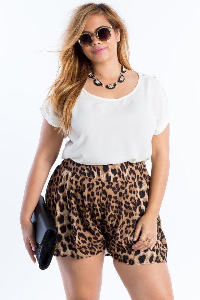 Short de Tecido Plus Size Eveline