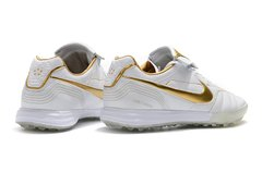 Imagem do Chuteira Society Nike Tiempo Legend 7 R10 Elite TF Edition Limited White Gold