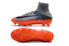 Imagem do Chuteira Nike Mercurial Superfly V CR7 Campo Original